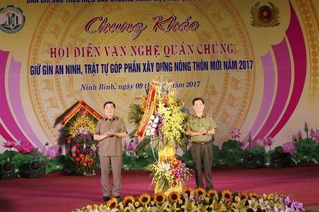 Chung khao Hoi dien van nghe quan chung giu gin ANTT, gop phan xay dung NTM Ninh Binh - Anh 1
