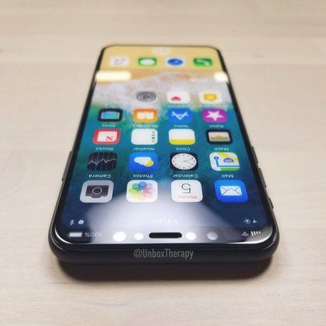"Apple se khai tu dong iPhone ""S"" trong nam nay? - Anh 1"