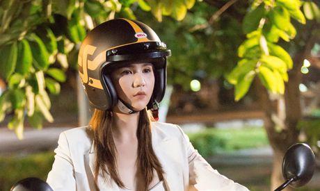Ngoc Trinh: 'Song ma chay theo du luan thi met va kho vo cung' - Anh 2