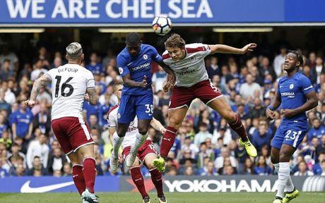 Cham diem Chelsea 2-3 Burnley: 'Nguoi hung' Morata ngam dang nuot cay - Anh 11