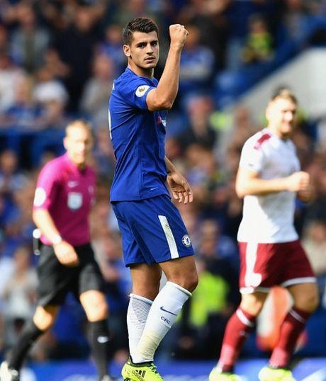Cham diem Chelsea 2-3 Burnley: 'Nguoi hung' Morata ngam dang nuot cay - Anh 13