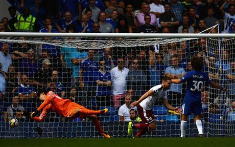 Cham diem Chelsea 2-3 Burnley: 'Nguoi hung' Morata ngam dang nuot cay - Anh 2