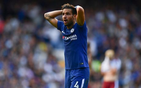 Cham diem Chelsea 2-3 Burnley: 'Nguoi hung' Morata ngam dang nuot cay - Anh 7