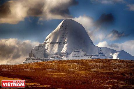 Hanh trinh chiem bai ngon nui thieng Kailash o Tay Tang - Anh 1