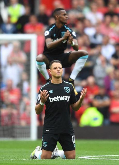 5 diem nhan Man Utd 4-0 West Ham: Quy do thach thuc ca giai dau - Anh 5
