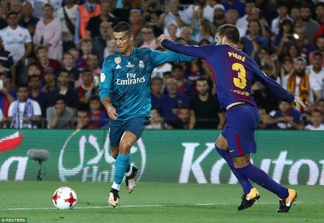 Sieu kinh dien Barca - Real: Messi goi, Ronaldo tra loi dac biet - Anh 1