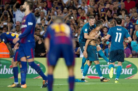 Sieu Cup Tay Ban Nha: Real ha Barcelona ngay tai Nou Camp - Anh 1
