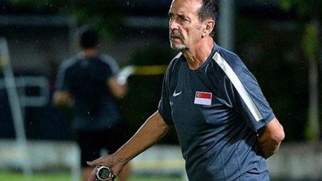 HLV U22 Singapore cham choc ban to chuc SEA Games 29 - Anh 1