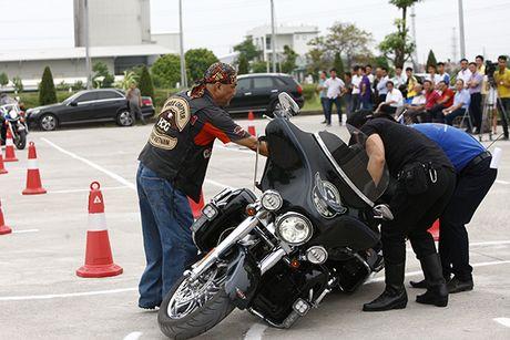 Xem cac biker cuoi mo to khung luyen tay lai - Anh 6