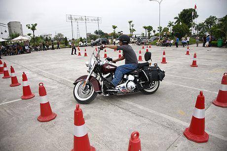 Xem cac biker cuoi mo to khung luyen tay lai - Anh 9