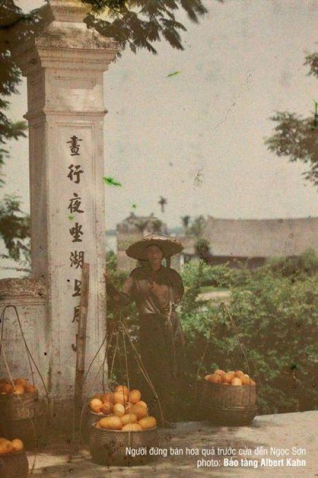 Ngam Ha Noi vai chuc nam truoc ben bo Ho Guom - Anh 12