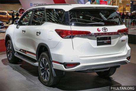 Diem hap dan nguoi dung cua Toyota Fortuner TRD Sportivo 2017 gia tu 897 trieu dong - Anh 3