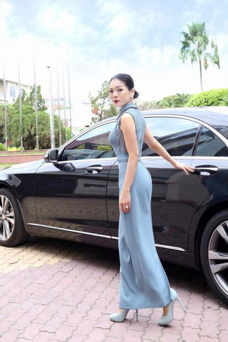 Le Quyen khang dinh thuong hieu 'nu dai gia' khi tau sieu xe Bentley tien ty - Anh 6