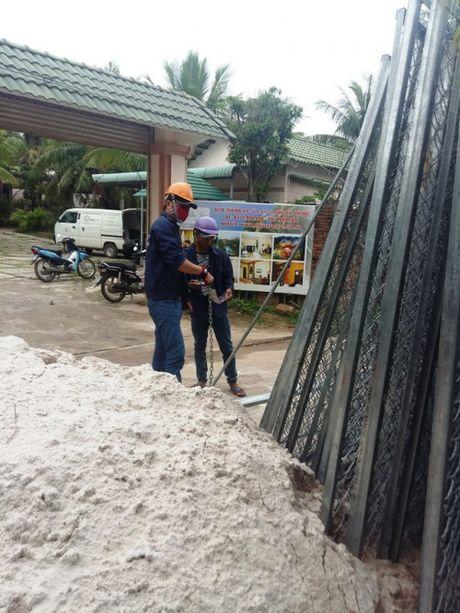 Huyen Phu Quoc: Can lam ro viec cong an 'thi uy' nguoi dan? - Anh 2
