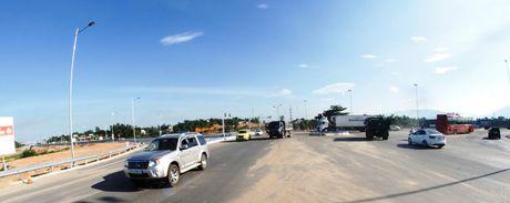 Cao toc Da Nang-Quang Ngai: Ngon ngang nut giao Tuy Loan vi vuong GPMB - Anh 3