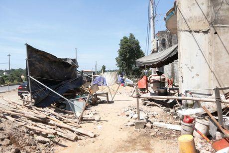 Cao toc Da Nang-Quang Ngai: Ngon ngang nut giao Tuy Loan vi vuong GPMB - Anh 6