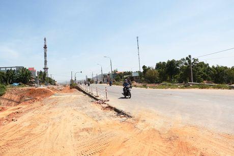 Cao toc Da Nang-Quang Ngai: Ngon ngang nut giao Tuy Loan vi vuong GPMB - Anh 8