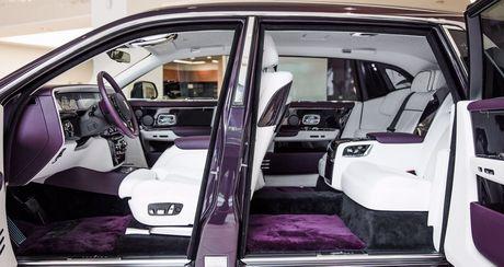 Rolls Royce Phantom 2018 'tim sang trong' da xuat hien tai dai ly - Anh 2