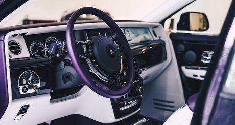 Rolls Royce Phantom 2018 'tim sang trong' da xuat hien tai dai ly - Anh 3