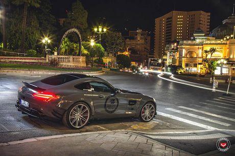 'Soi' sieu xe Mercedes-Benz AMG GT S voi goi do nua ty - Anh 5