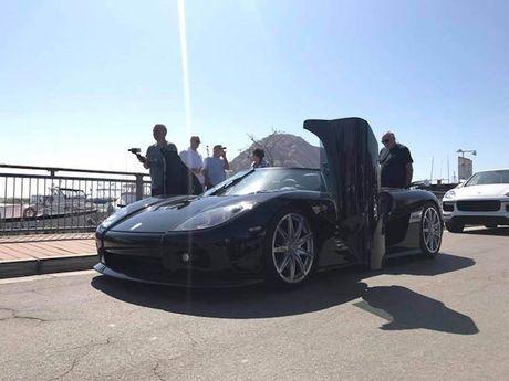 'Ha mieng' xem dan sieu xe Koenigsegg 450 ty dieu pho - Anh 7