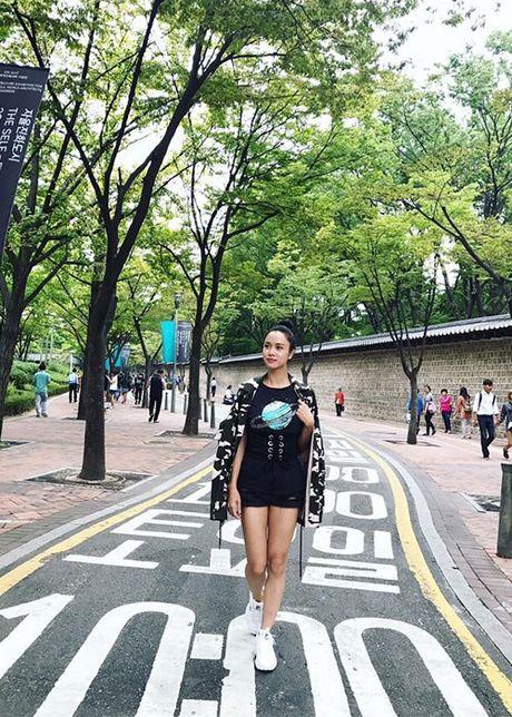 Hot Face sao Viet 24h: Huong Giang Idol tai xuat truyen hinh sau on ao - Anh 12