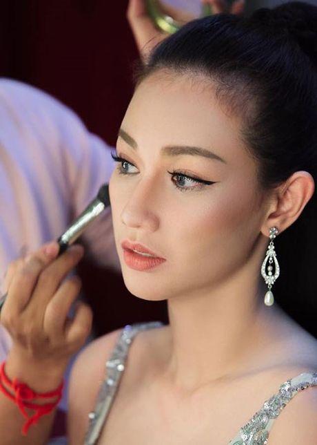 Hot Face sao Viet 24h: Huong Giang Idol tai xuat truyen hinh sau on ao - Anh 13