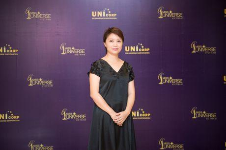 Lo dien Ban giam khao Hoa hau Hoan vu Viet Nam 2017 - Anh 2