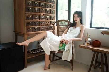 "Hot: Quay lung voi The Face, Ho Ngoc Ha lai ""chay boc lua"" tai chung ket VNTM All stars - Anh 7"