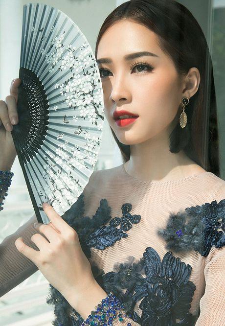Hanh trinh nhan sac hoa hau Thu Thao tu khi dang quang den khi ket hon - Anh 13