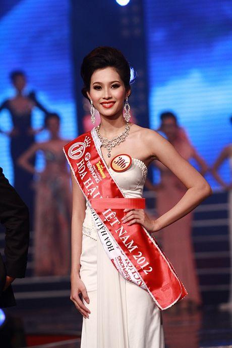 Hanh trinh nhan sac hoa hau Thu Thao tu khi dang quang den khi ket hon - Anh 5