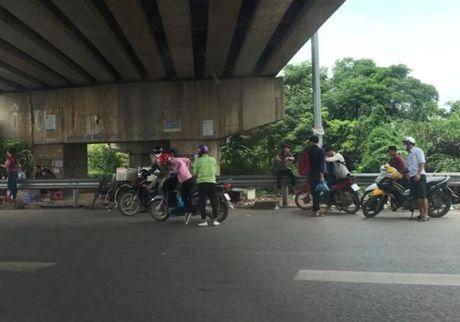 Cong an vao cuoc vu dinh tac hoanh hanh o cao toc Ha Noi - Bac Giang - Anh 3