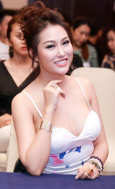 Phi Thanh Van nguc day tre nai, than mat voi Quang Ha trong su kien - Anh 3