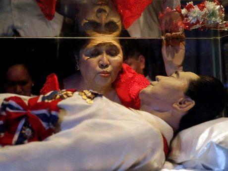 Su hoi sinh cua nha Marcos o Philippines - Anh 1