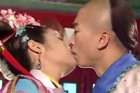 Chau Kiet ngam chi trich Lam Tam Nhu sau cao buoc cuong hon - Anh 1