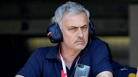 CAP NHAT sang 6/9: Them 2 doi tuyen chau A gianh ve toi Nga. Mourinho khien M.U lo lang - Anh 1