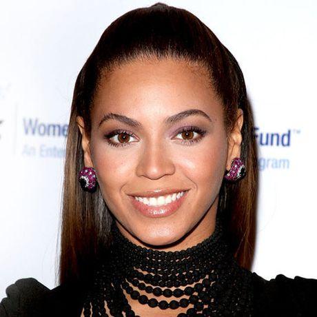 Be ngoai thay doi dang kinh ngac cua nu ca si goi cam Beyonce - Anh 13