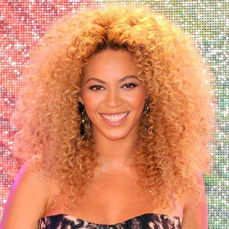 Be ngoai thay doi dang kinh ngac cua nu ca si goi cam Beyonce - Anh 16