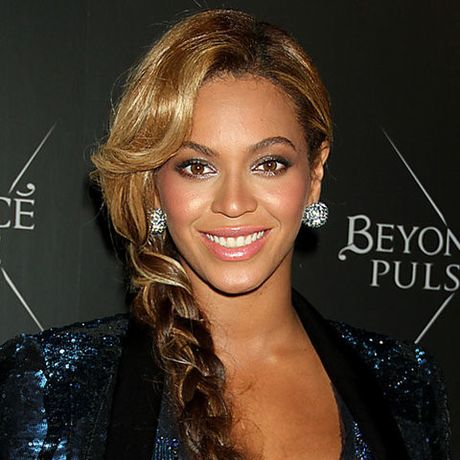 Be ngoai thay doi dang kinh ngac cua nu ca si goi cam Beyonce - Anh 17