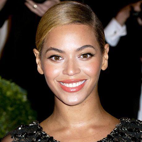 Be ngoai thay doi dang kinh ngac cua nu ca si goi cam Beyonce - Anh 18