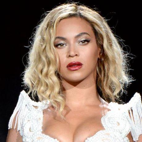 Be ngoai thay doi dang kinh ngac cua nu ca si goi cam Beyonce - Anh 20