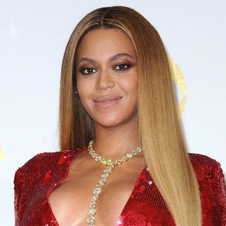 Be ngoai thay doi dang kinh ngac cua nu ca si goi cam Beyonce - Anh 24