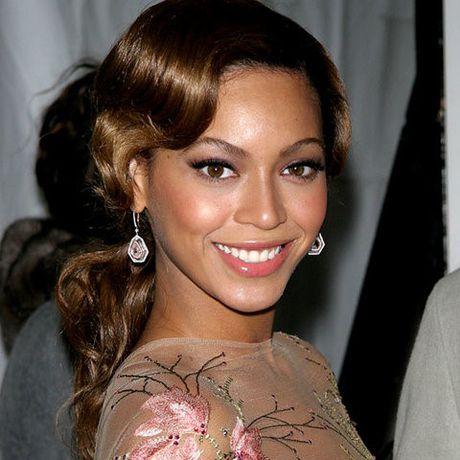 Be ngoai thay doi dang kinh ngac cua nu ca si goi cam Beyonce - Anh 9