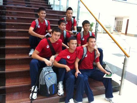 Dang Van Lam tung bi duoi khoi HAGL va bi nhac nho o U19 Viet Nam - Anh 1