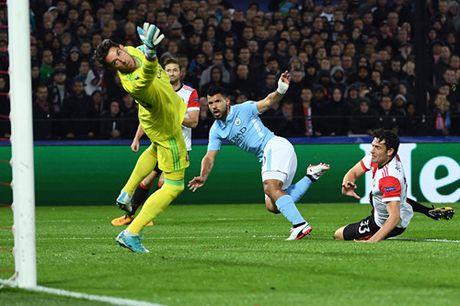 Man City dai thang trong tran ra quan o Champions League - Anh 2