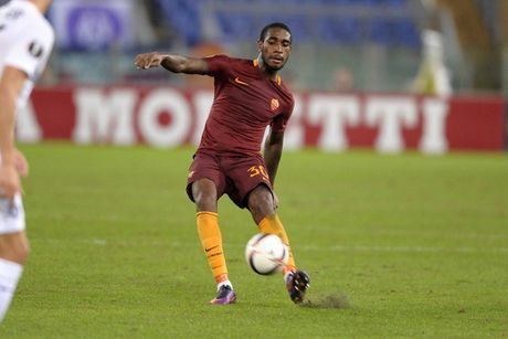 Cham diem AS Roma: Edin Dzeko - Su tro lai cua nha vua - Anh 12