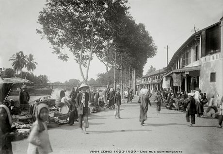 Hinh anh quy gia ve Vinh Long thap nien 1920 - Anh 1