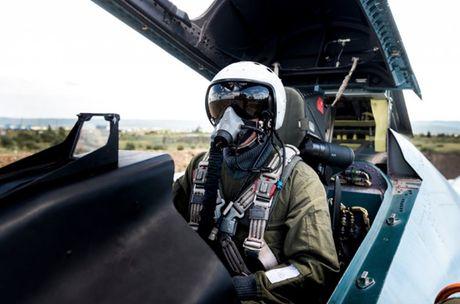 Su-27 'tai dau' F-15, ke tam lang nguoi nua can - Anh 3