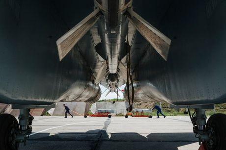 Su-27 'tai dau' F-15, ke tam lang nguoi nua can - Anh 5