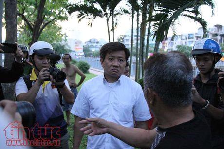 Ong Doan Ngoc Hai 'tha' cho lai xe om tieu bay tren duong - Anh 3
